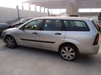 FORD FOCUS FAMILIAR (4)